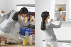Dễ lấy đồ đạc hơn khi dùng hộc tủ kéo và tay nâng
